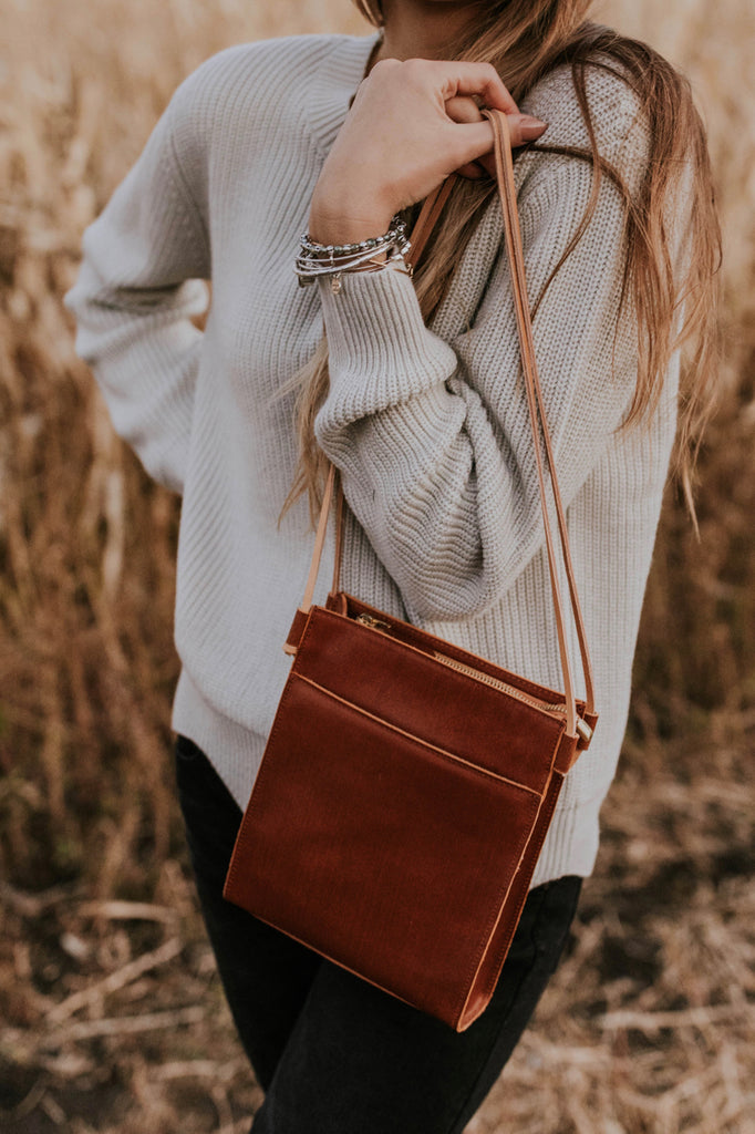 Convertible Purse Outfit Ideas For Fall | ROOLEE