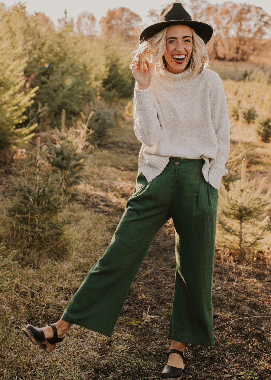 Pleated Linen Pant Outfit | ROOLEE