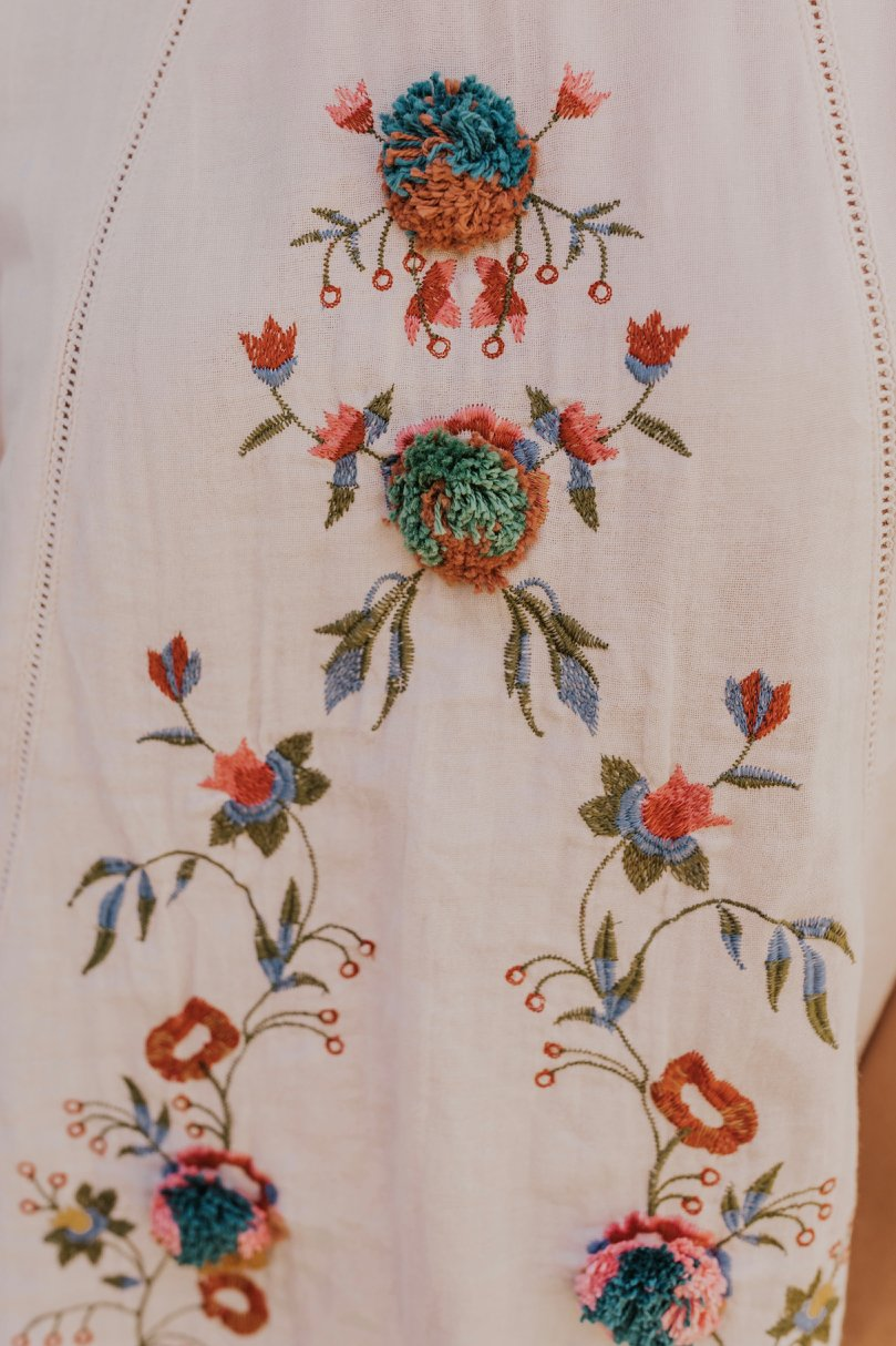Colorful Embroidered Top | ROOLEE