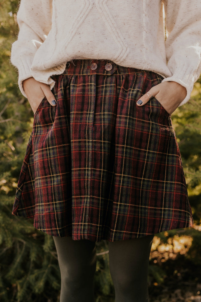 Red Holiday Plaid Skirts | ROOLEE