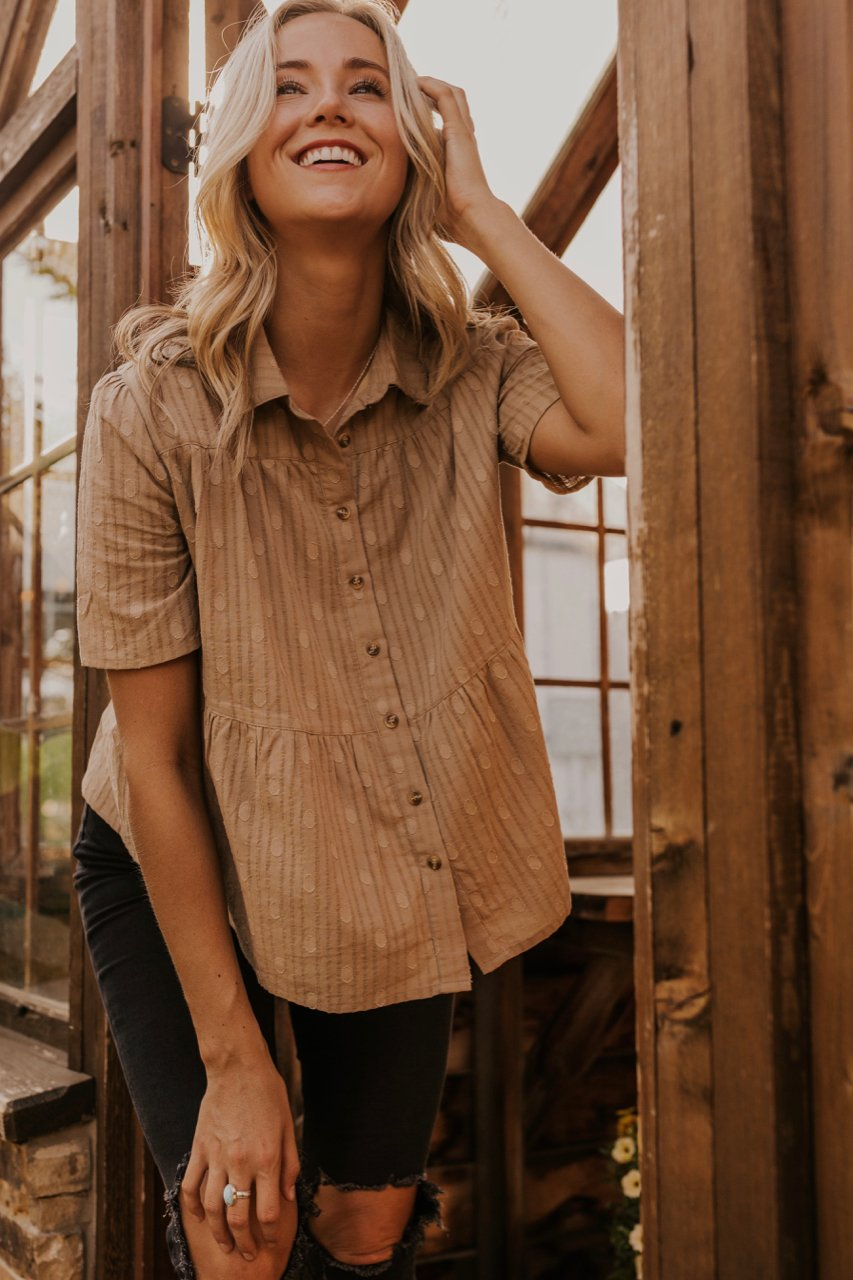 Tan Button Up Top | ROOLEE