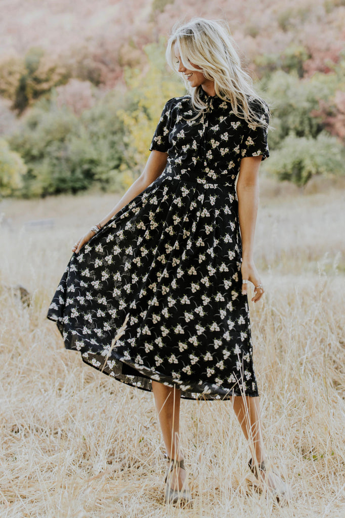 Short Sleeve Floral Dress | ROOLEE