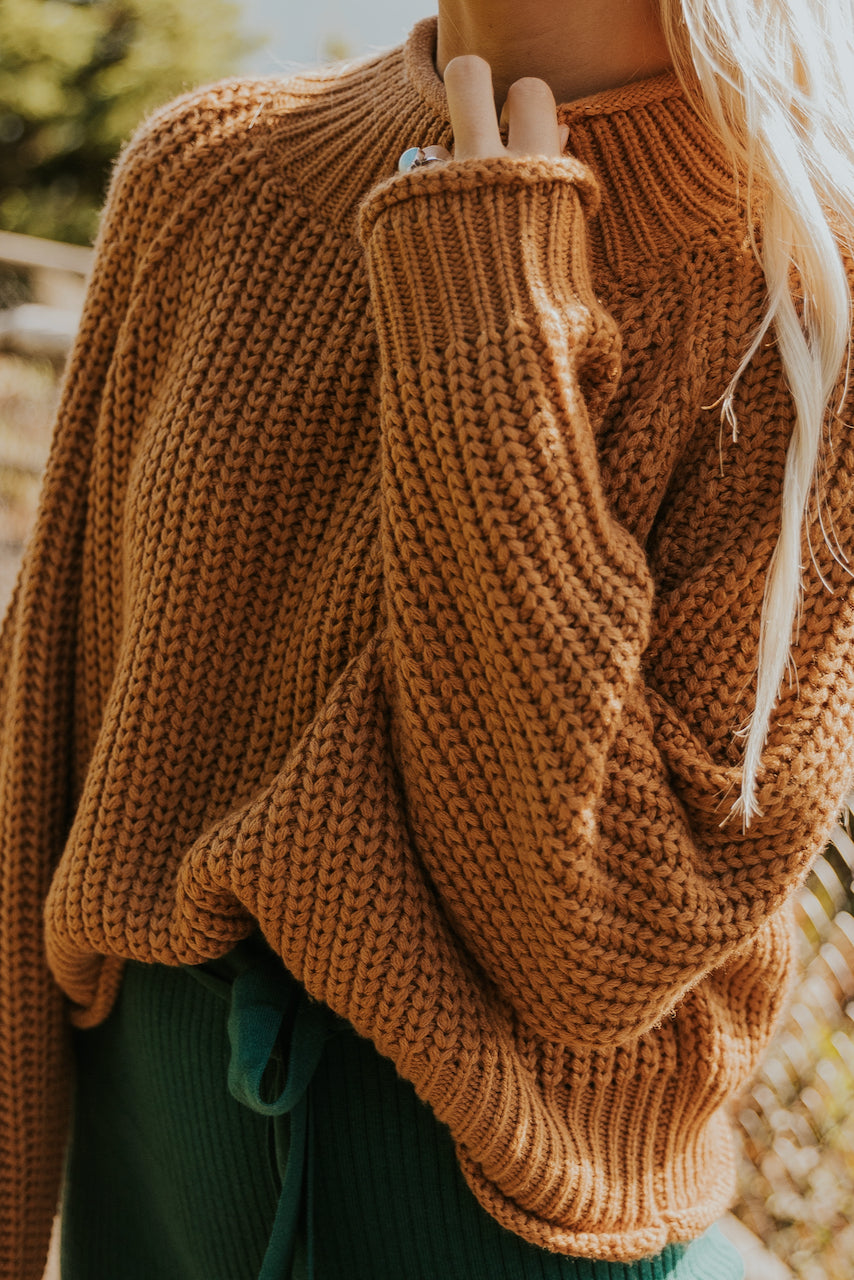 Cute crop chunky knit sweater | ROOLEE