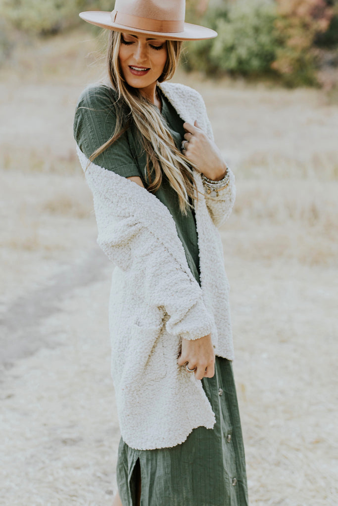 Green Button Dress Outfit | ROOLEE
