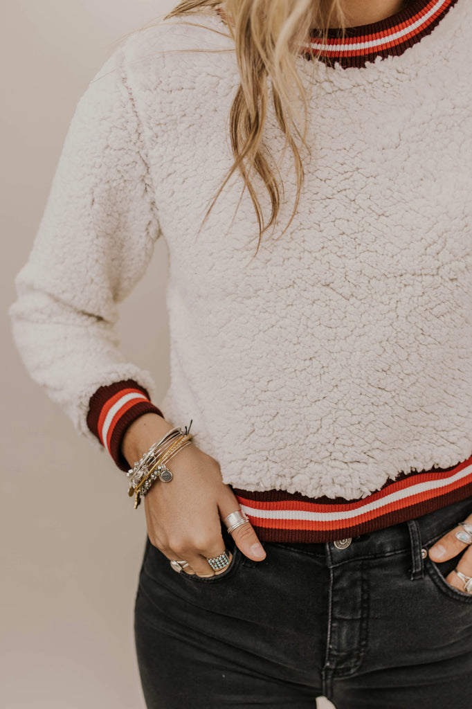 Cropped Sherpa Pullover Outfit Ideas | ROOLEE