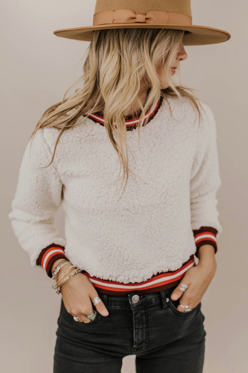 Cropped Sherpa Pullover Sweater | ROOLEE