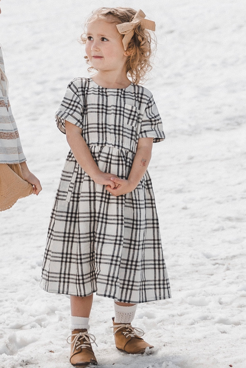 Black/White Girls Fall/Winter Dresses | ROOLEE