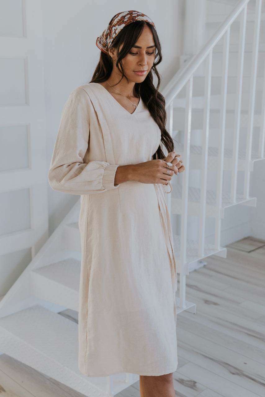 Women's Trendy Outfits for Nursing Moms | ROOLEE