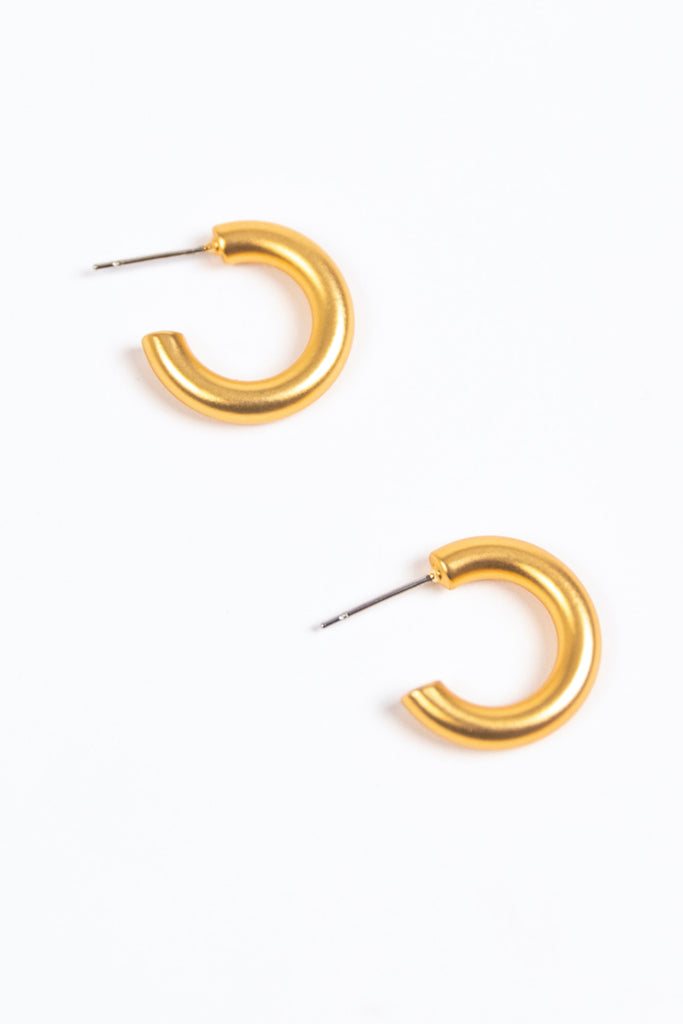 Gold Minimal Hoop Earrings | ROOLEE