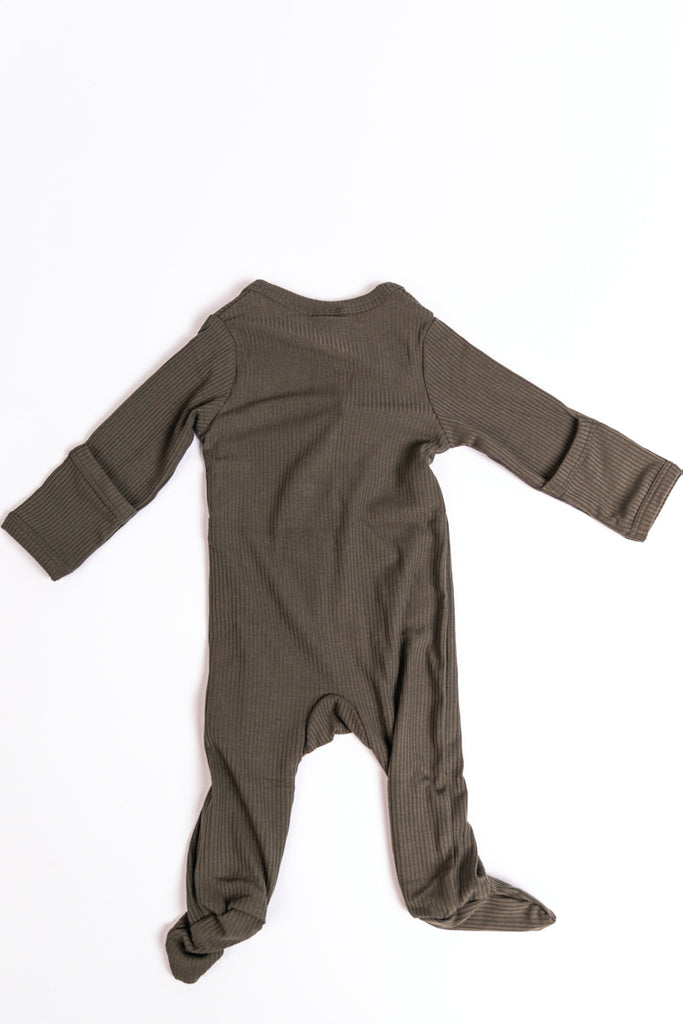 Neutral Solid Baby Onesie With Snaps | ROOLEE
