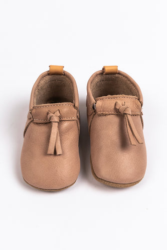 Dusty Pink Baby Moccasins for Fall | ROOLEE