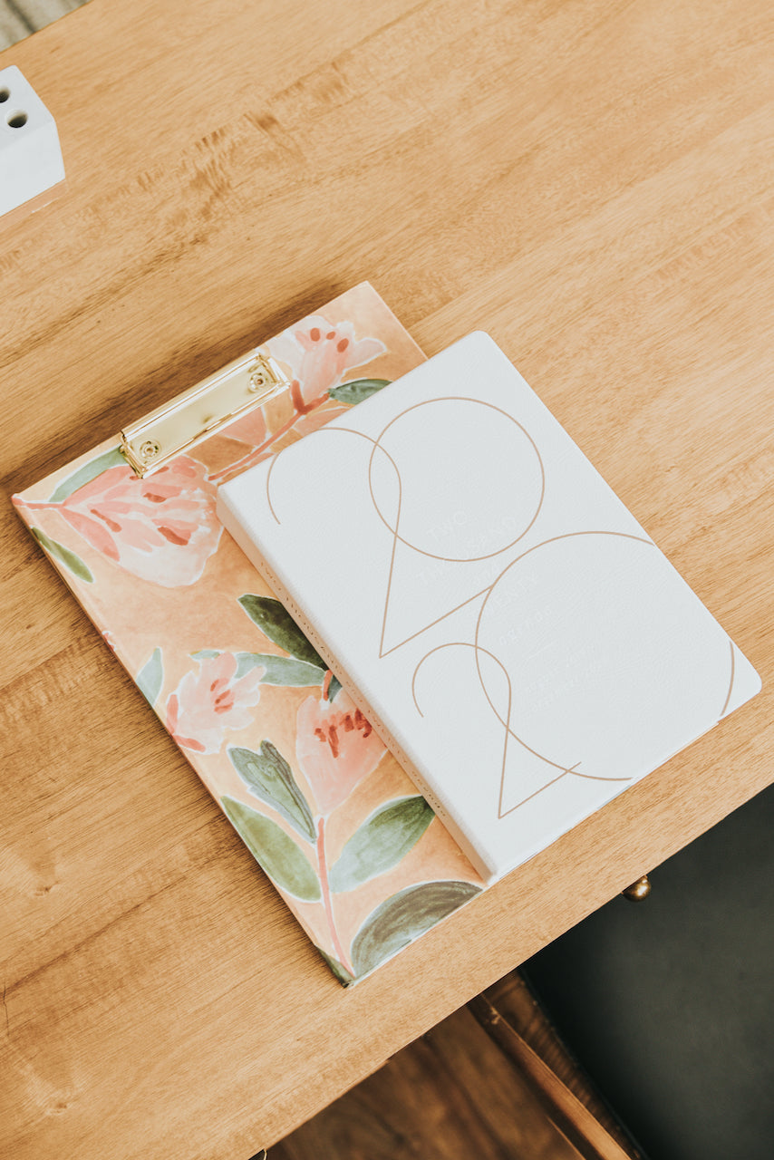 Anthropologie Rosie Harbottle Quincy Clipfolio