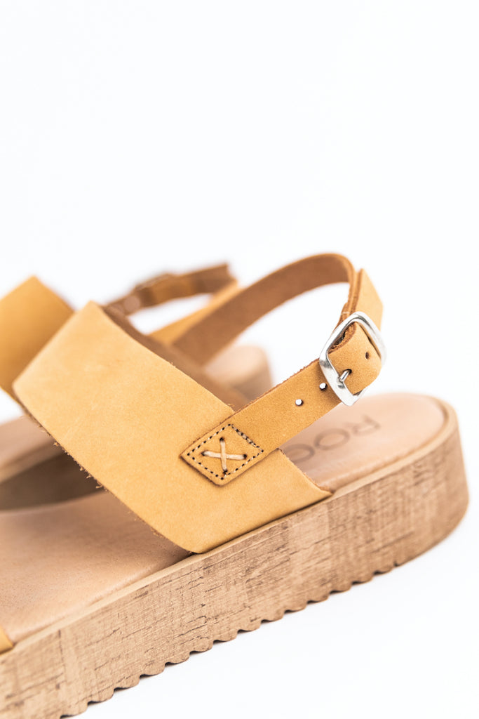 Light ankle strap sandal | ROOLEE