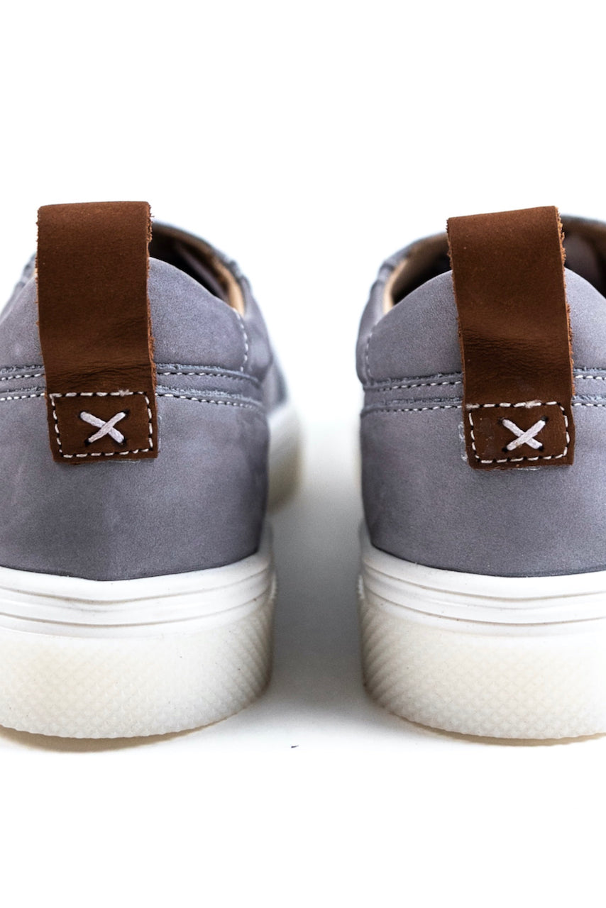 Stitched sneakers for summer  | ROOLEE