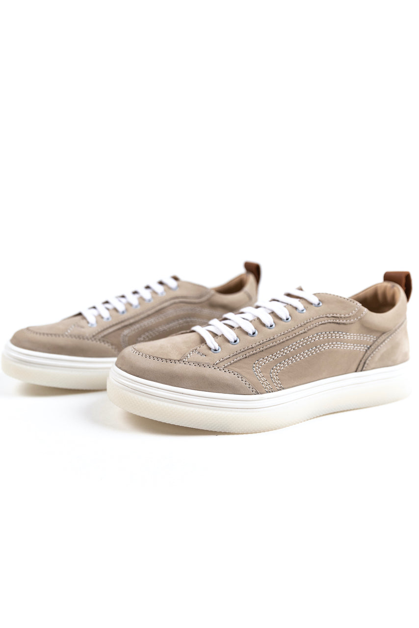 Neutral lace up sneakers | ROOLEE