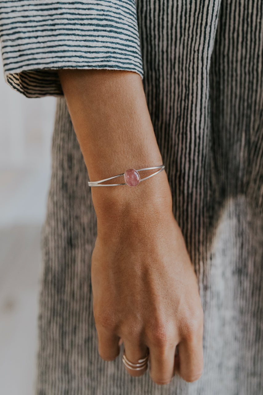The Strawberry Quartz Split Cuff