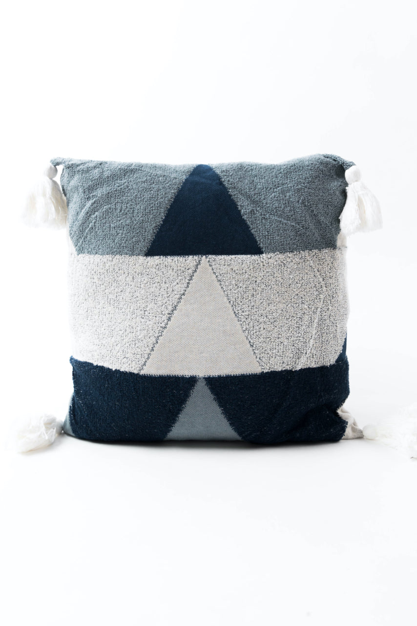 Blue geometric pillow | ROOLEE