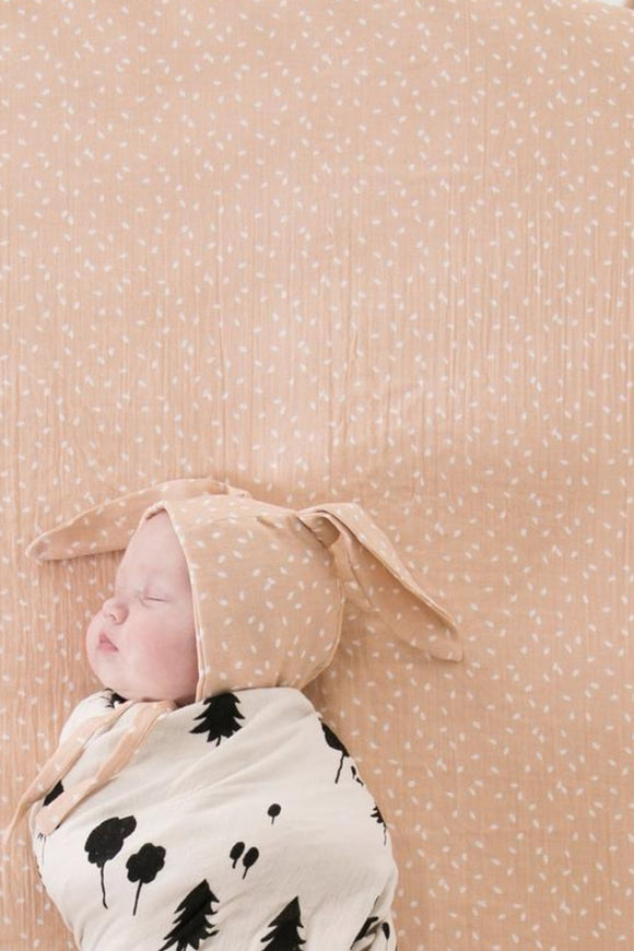 Organic Crib Sheet in Scatter | ROOLEE Kids