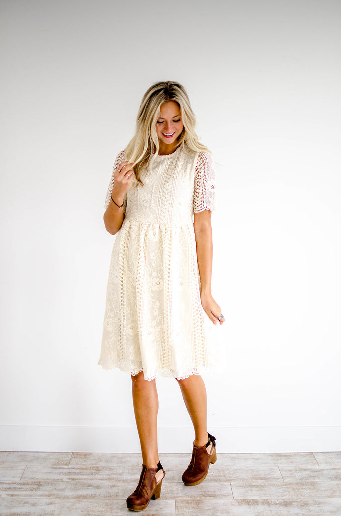 sussex-lace-dress-in-cream