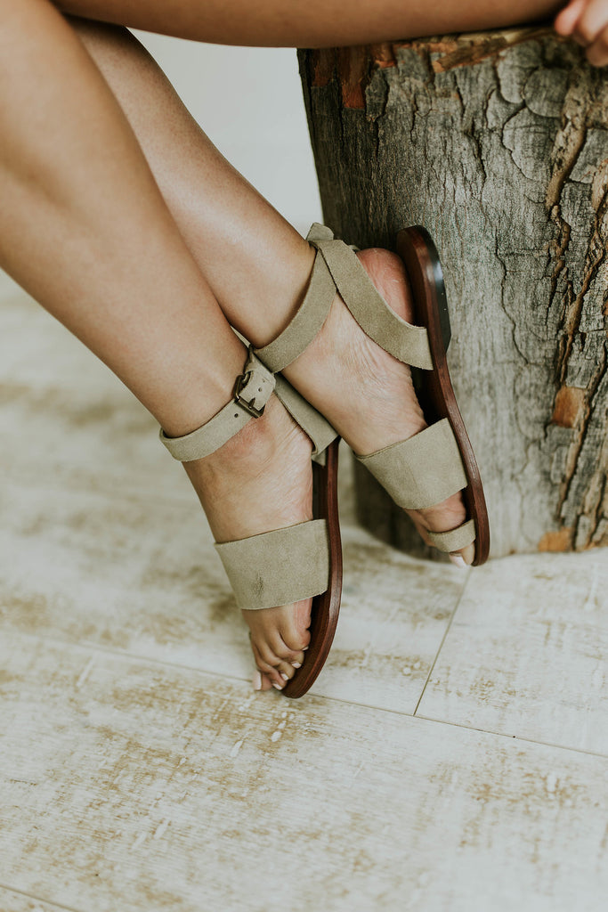 63a2e5fd9b7 ... Free People Torrence Flat Sandal in Taupe