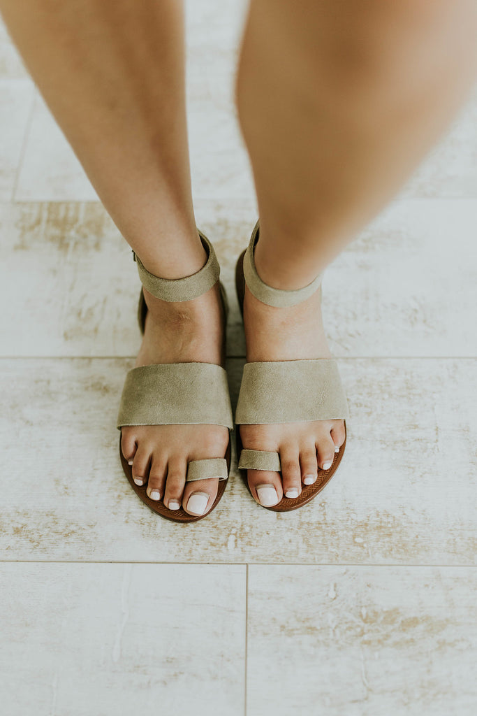 c05e7e2d9c0 ... Free People Torrence Flat Sandal in Taupe