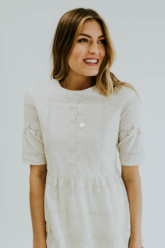 cecilia-lace-midi-in-fresh-cream