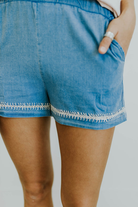 Greece Embroidered Shorts | ROOLEE