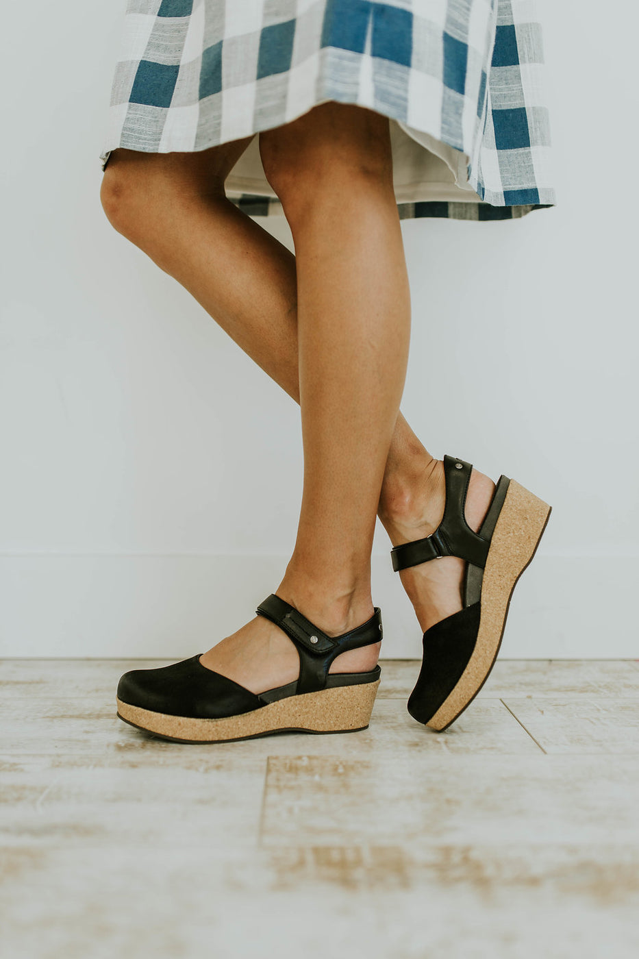 Acadia Wedge in Black | ROOLEE
