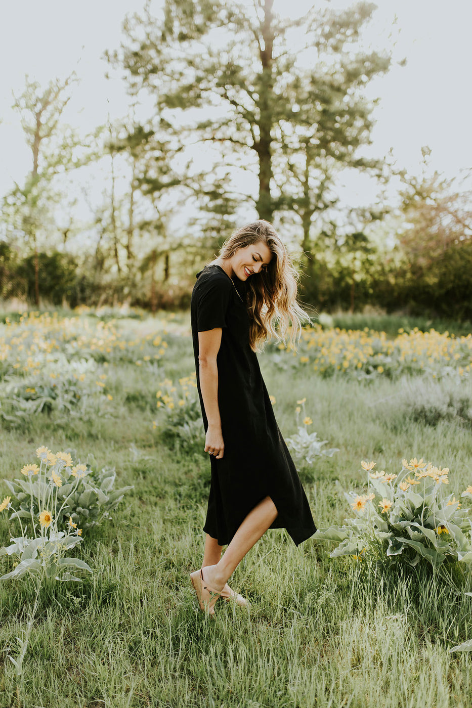 Modest Church Outfit Ideas For Women | ROOLEE