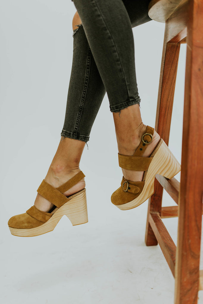 Free People Park Circle Clog in Taupe