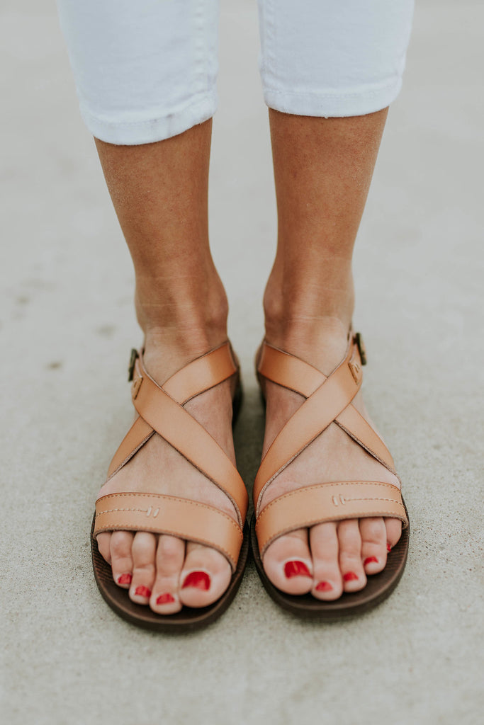 naomi-flat-sandal-in-tan