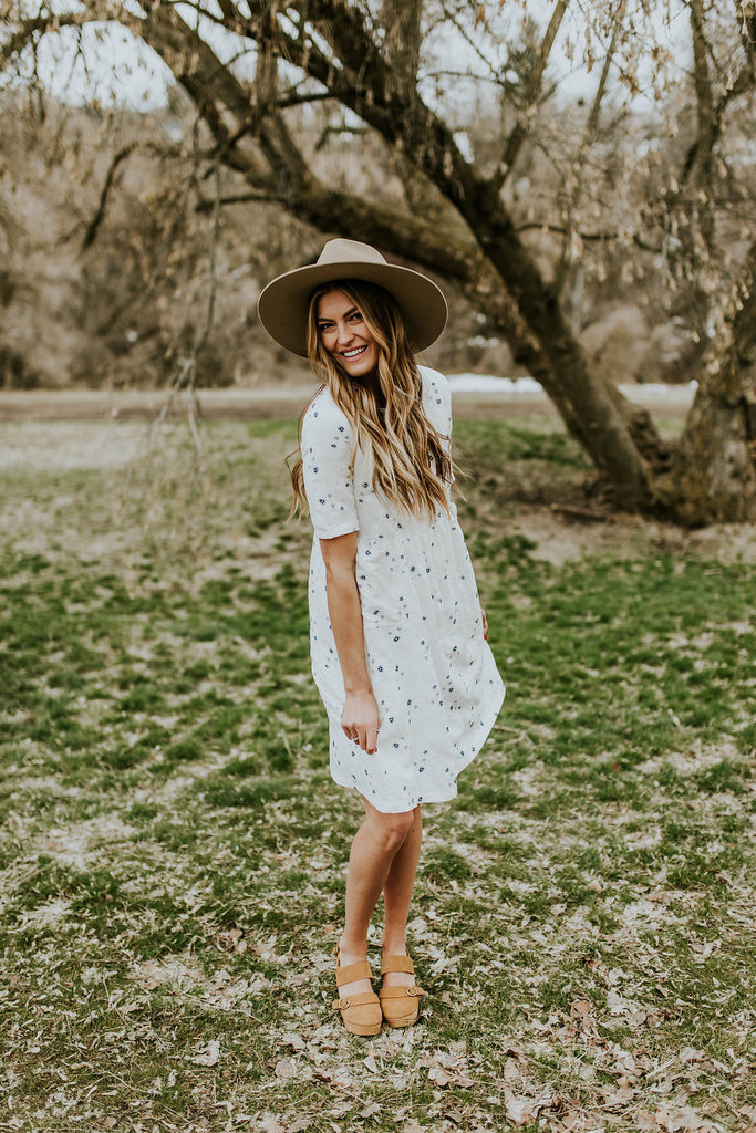 Floral Print Dress w/Keyhole Back | ROOLEE