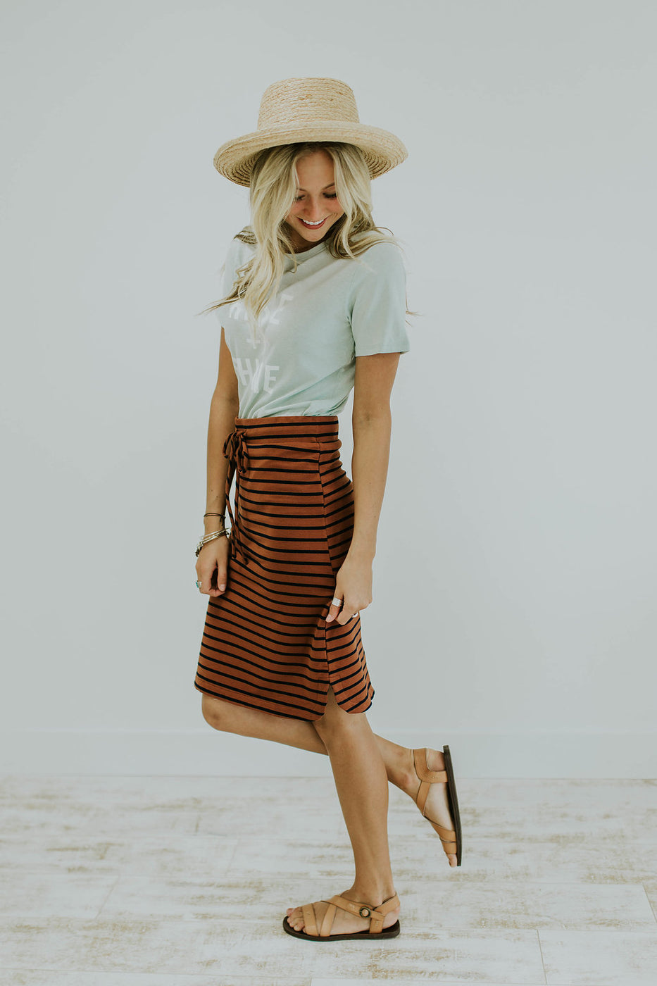 Casual Everyday Outfit + Skirt | ROOLEE