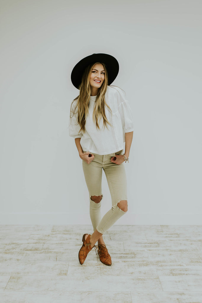 Summer Neutral Outfit | ROOLEE