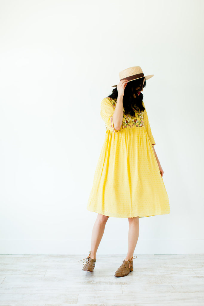 daffodil-embroidered-dress