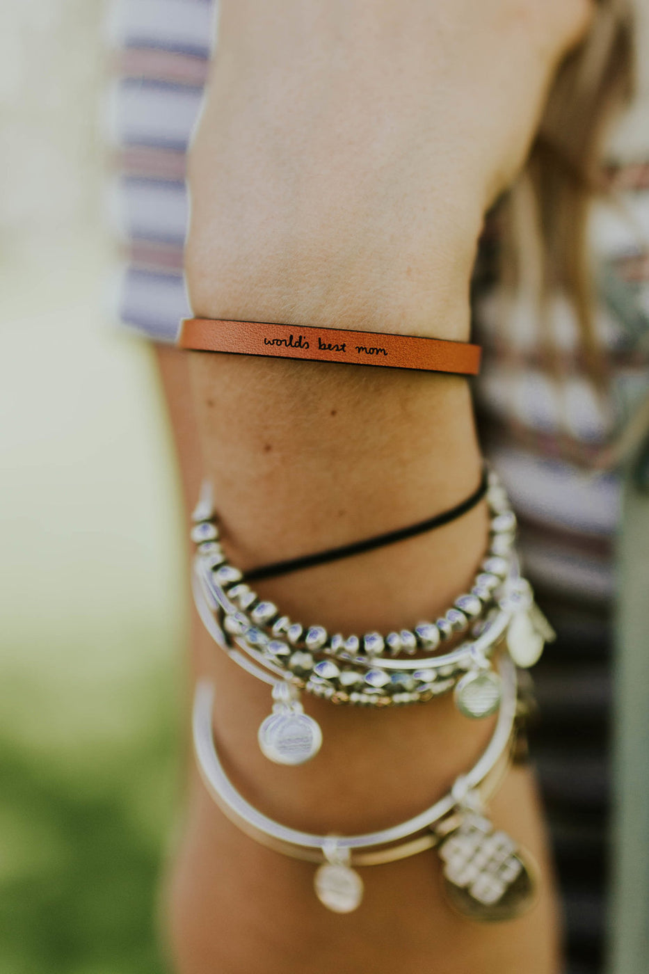 Worlds Best Mom Leather Bracelet | ROOLEE