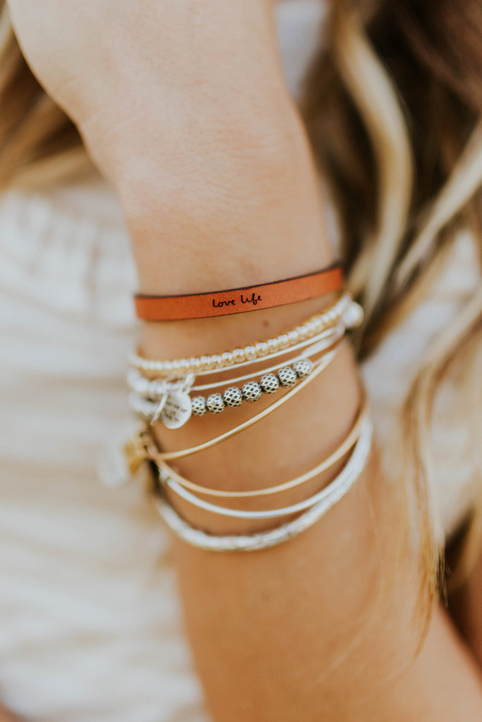 Love Life Leather Bracelet | ROOLEE
