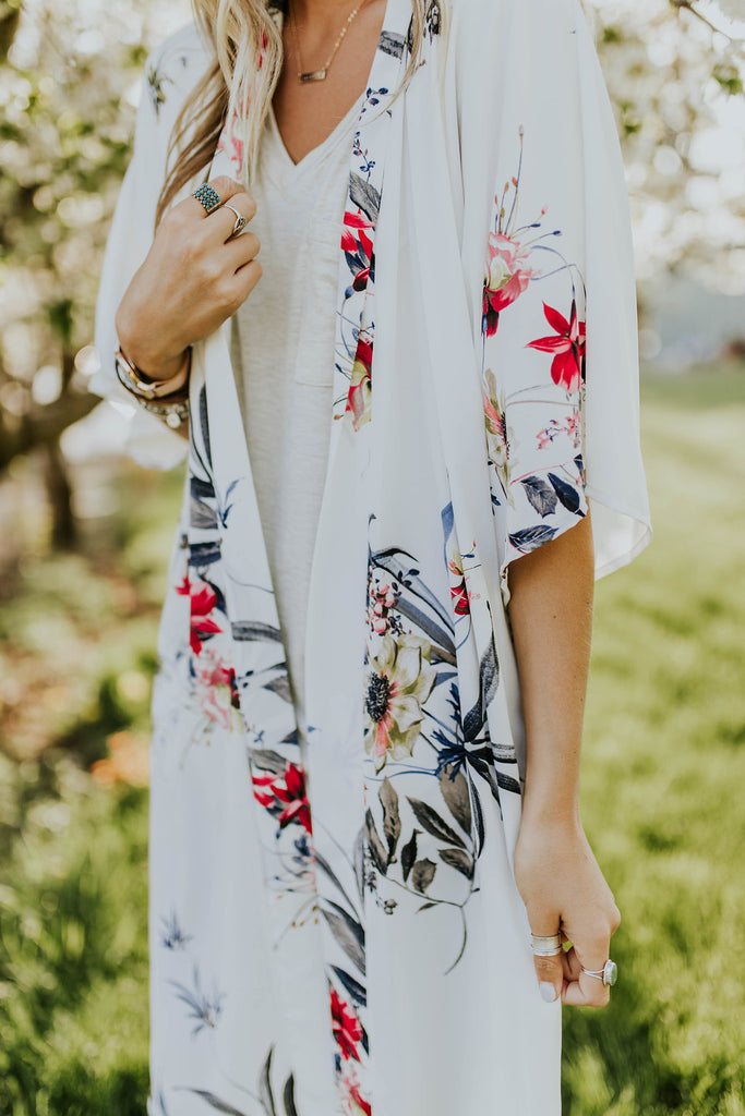 Short Sleeve Floral Shawl For Women | ROOLEE