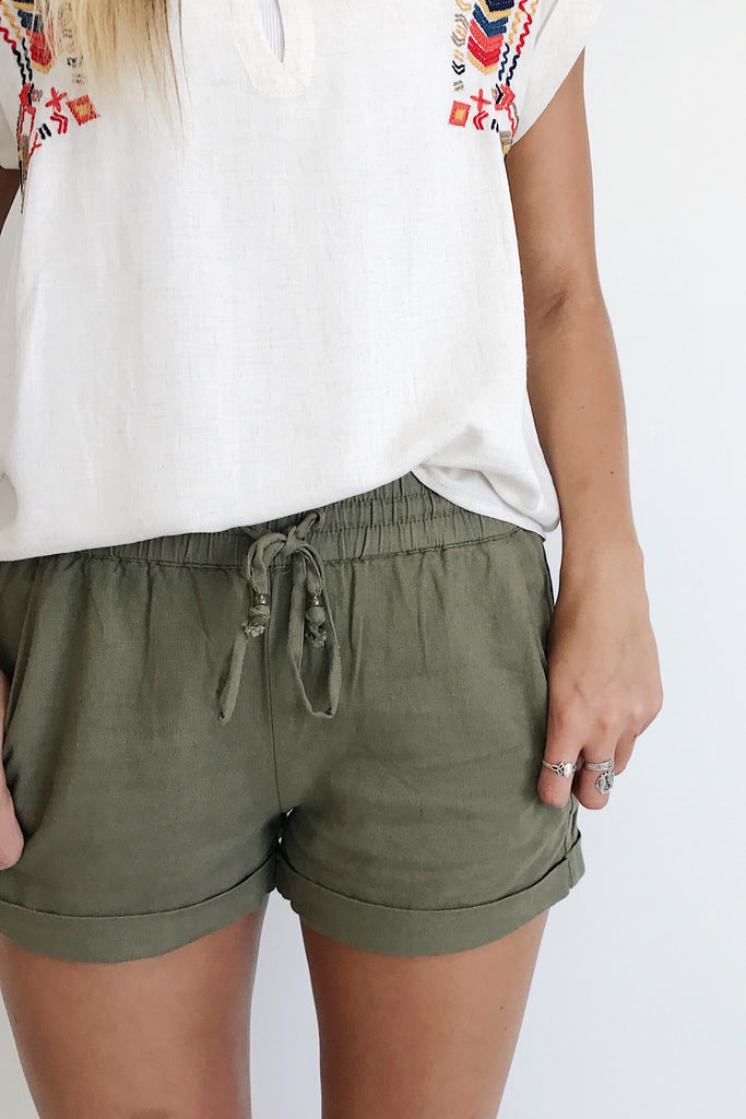 Clearwater Beach Short in Olive | ROOLEE