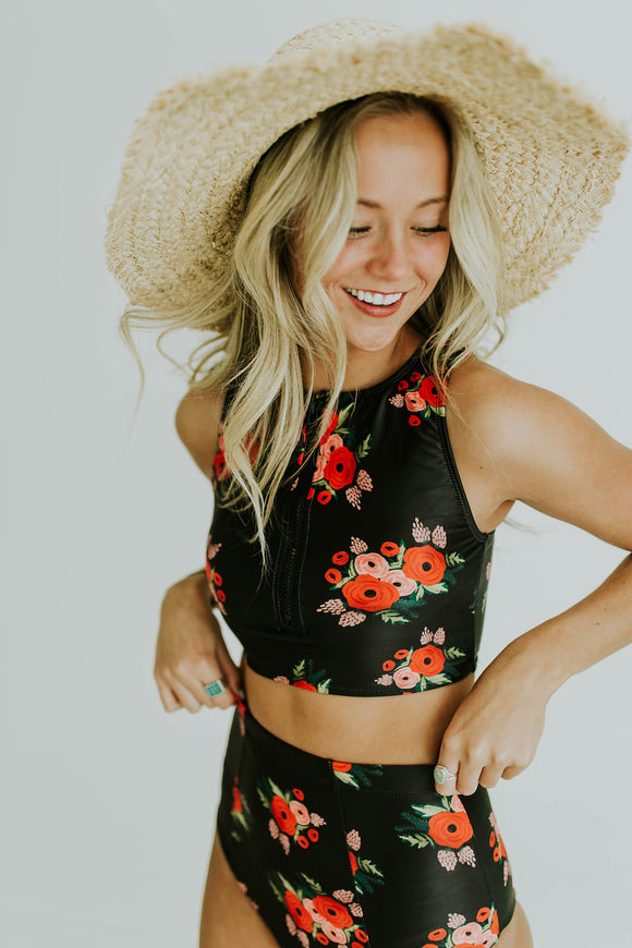 The Racer Tank in Black Poppy | ROOLEE