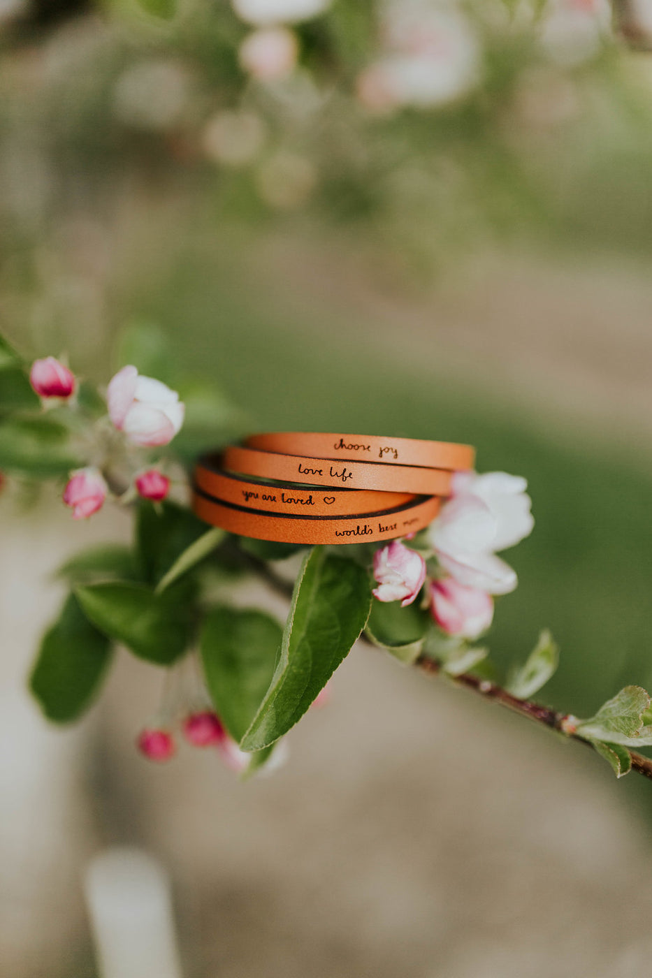 Listen To Your Heart Leather Bracelet | ROOLEE