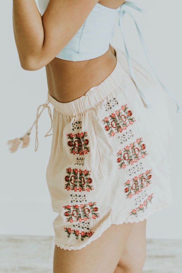 Marquina Embroidered Shorts | ROOLEE
