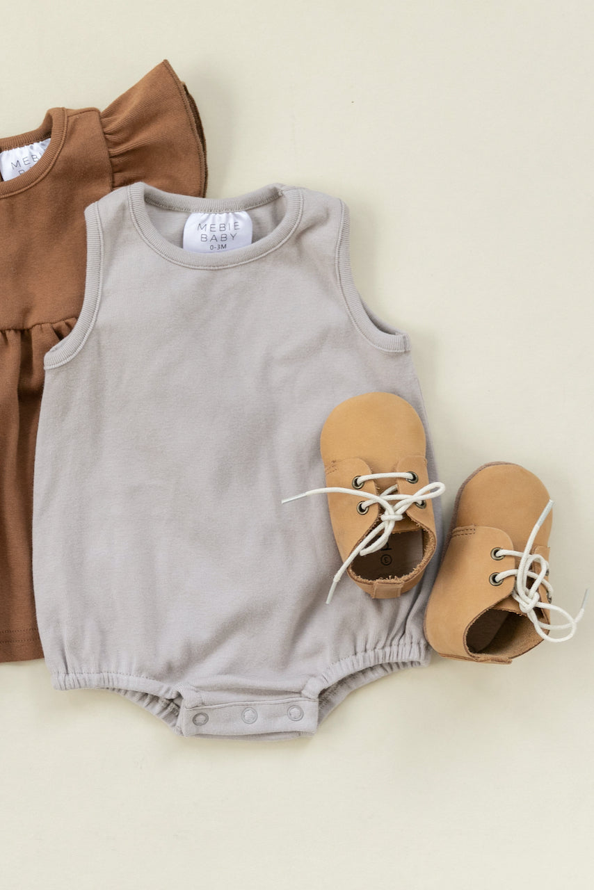 neutral colored clothes for babies | ROOLEE