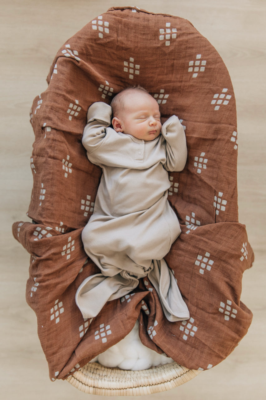 Cute swaddles for baby | ROOLEE