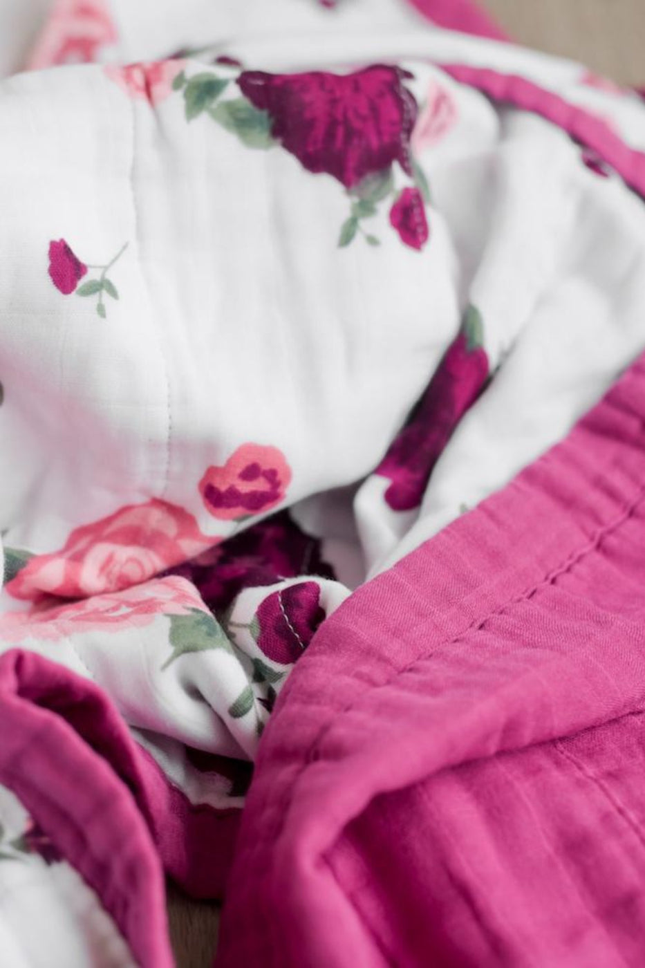 Peony Paradise Muslin Quilt | ROOLEE