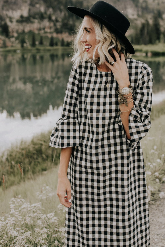 joy-plaid-mom-dress-in-black