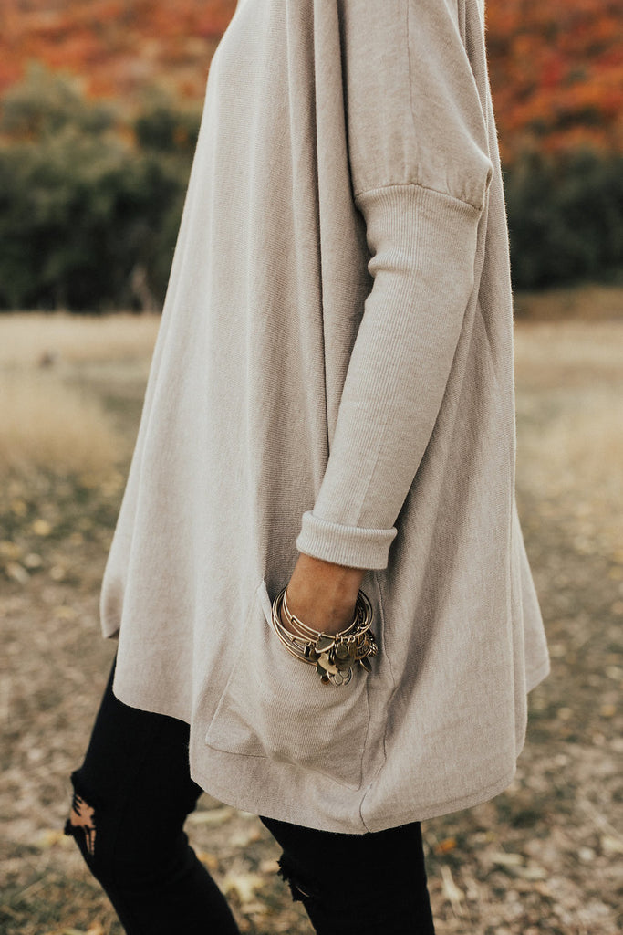 Crispen Pocket Sweater in Warm Grey