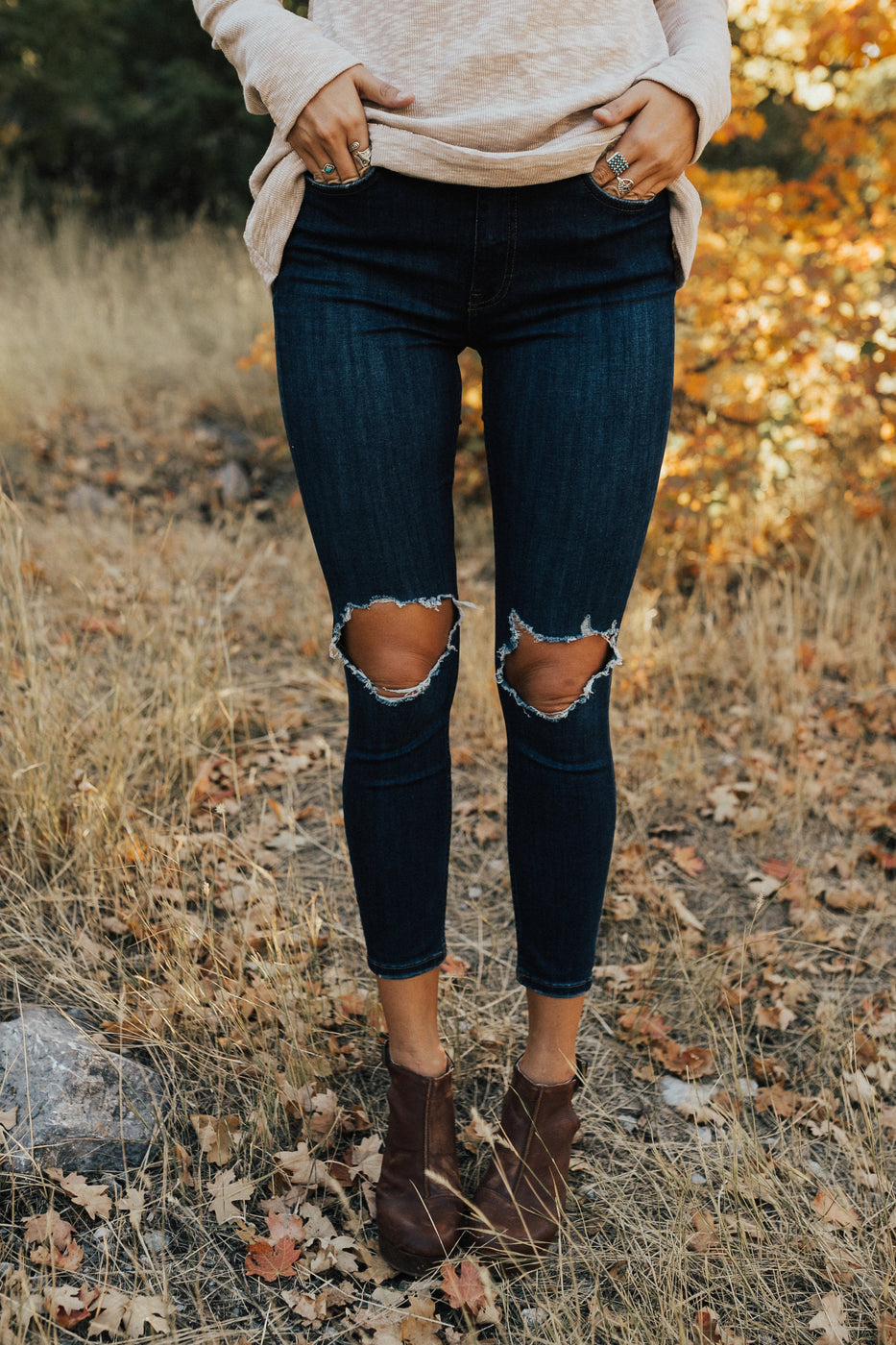 55c9dd388314 ... free-people-high-rise-busted-skinnies-in-indigo ...