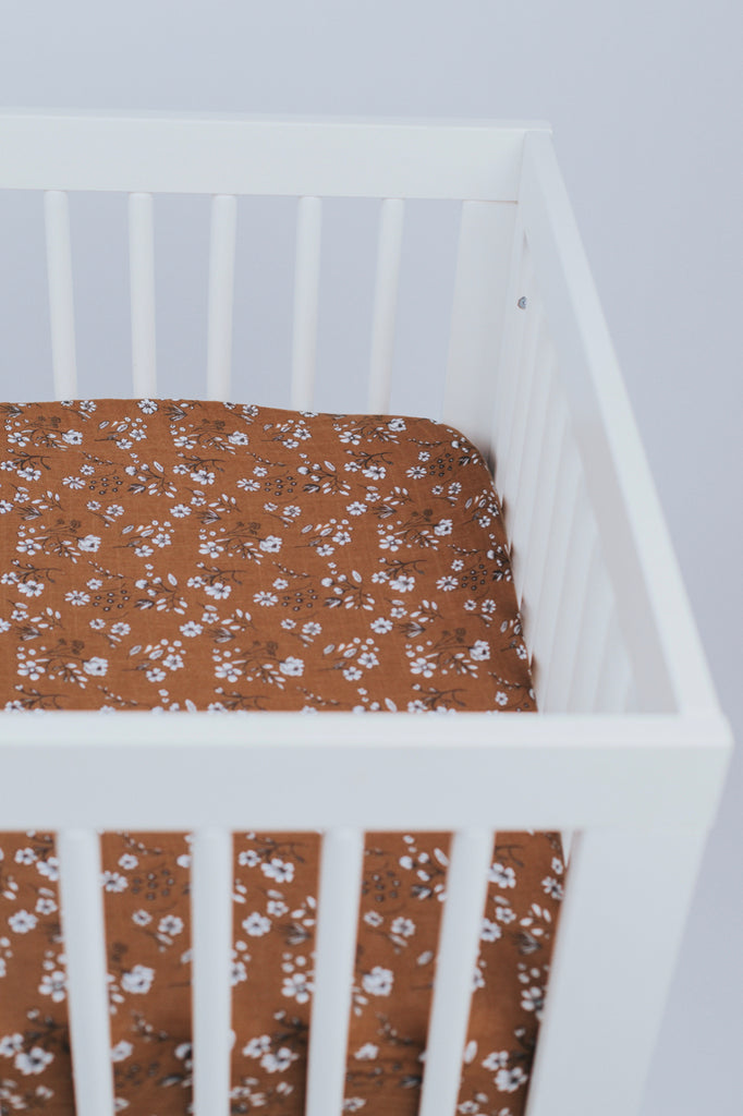 Floral Baby Crib Sheet | ROOLEE
