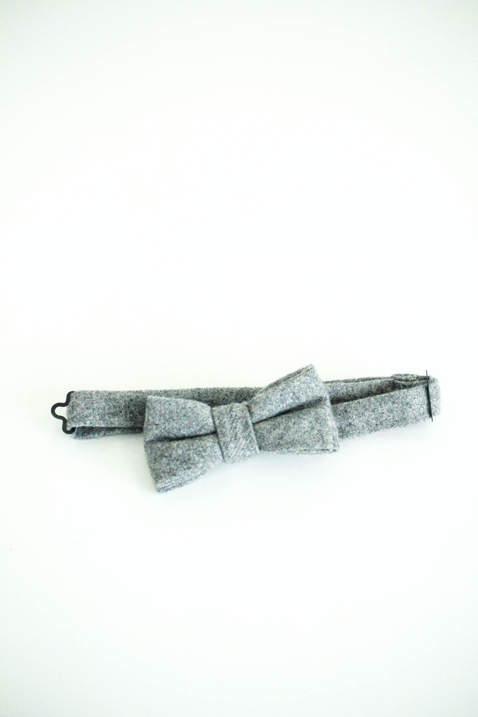 Clarence Bow Tie in Light Grey | ROOLEE Kids